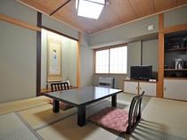 【客室:和室8畳】1~3名様用の落ち着いた雰囲気の和室です。