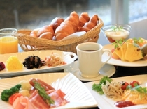 1Fカフェレストラン【パティオ】朝食 バイキング