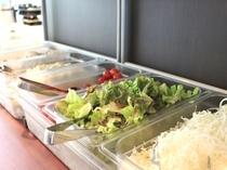 1Fカフェレストラン【パティオ】朝食 サラダ