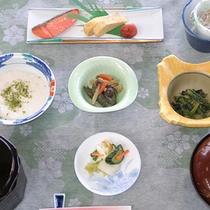 *【朝食例】朝からしっかり栄養補給!美味しいご飯をいただきます。