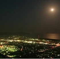 愛宕山公園 夜景(当ホテルより車で16分)