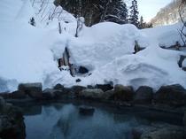 冬期男性露天風呂