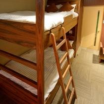 ■バンクベッド(二段ベッド)