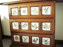 陶板家具のチェスト(例)