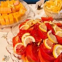 食後には季節の旬なフルーツを♪
