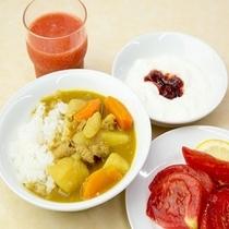 『朝カレー』と新鮮な野菜で一日のスタートを!!