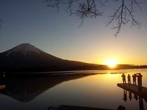 田貫湖からの日の出