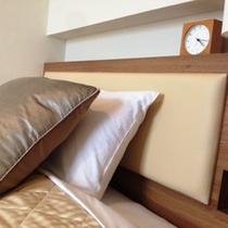 理想の寝姿勢を保つをコンセプトに開発したポケットコイル式ベッド