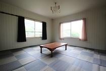 自炊部 和室 8畳部屋