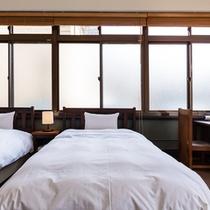 全室にセミダブルベッドをご用意