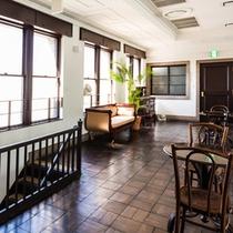 【レストランホール2階】カフェスペース
