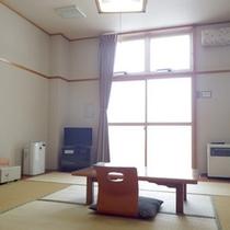 *【客室例】お部屋での〜んびり…癒しの時間をどうぞ。