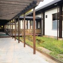 *施設一例/宿泊棟NAGOMIの入口はこちらです。ほっと安らぐ和モダンの宿でお寛ぎ下さい。