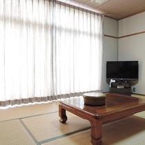 *【和室10畳一例】シンプルな造りの和室です。
