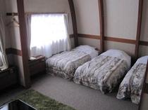 洋室4ベッドルーム