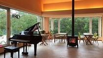 ピアノありダイニング