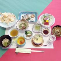 *【食事例】梅コース。品数控えめですが、旬の味覚をしっかりお楽しみ頂けます。