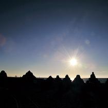 *美しい太陽と砂像。