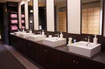 《館内1F》洗面スペース