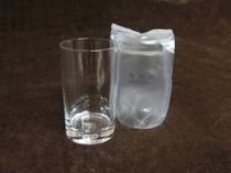 【強化グラス】冷蔵庫内にご用意しております。