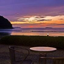 夕陽百選に選ばれている「菊ヶ浜」/春夏秋冬で移り変わる情景に只々見惚れるばかり・・・。