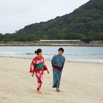 【景観】白砂の海岸はお散歩にも最適♪