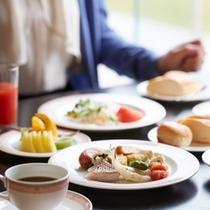 【料理】朝食/海を眺めながらの朝食はまた格別・・・♪(イメージ)