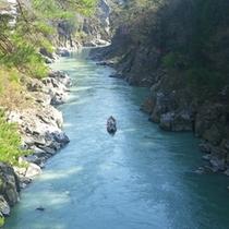*【天竜峡】天竜舟下りを楽しむこともできます。
