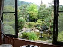 1階にも1部屋ございます。お部屋からの庭園の眺め。
