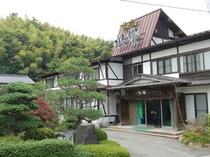 城崎温泉 旅館水郷の外観です。