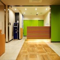 フロント③【スーパーホテル新宿歌舞伎町】