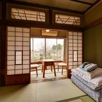 *【和室/6~8畳】お部屋からは移り変わる庭園の四季をご覧頂けます。