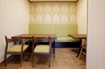レストラン個室2