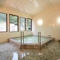 *大浴場一例/館内のお風呂は温泉ではありませんが広々とお入り頂けます。