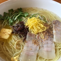 須弥山ラーメン 塩の宴 (シュミセンラーメン エンノエン)
