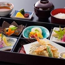 昼食「杜の宿御膳」