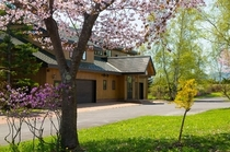 Lakehouse Spring 2