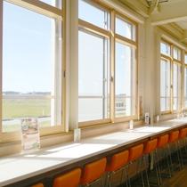 *【オランダせんべいファクトリー】2階カフェでは米粉を使ったパンケーキ等が頂けます。