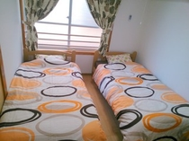 個室 ツインルームB