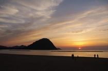 菊ヶ浜の夕景