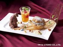 【1階ボンサルーテKABUKI】リアルなゴジラチョコレート付きの特製ケーキ☆