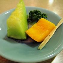 食事(デザート一例)/宮崎特産品「マンゴーとメロン」