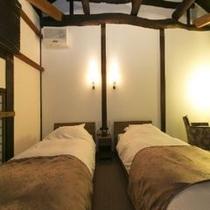 山桑の部屋2階寝室④