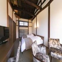 山桑の部屋2階寝室①