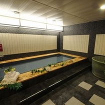 男性大浴場(全体)