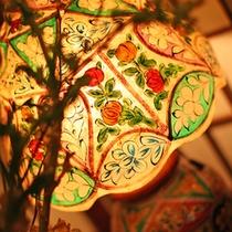 *館内の装飾も落ち着いた雰囲気で統一しております。