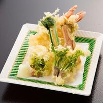 *【夕食一例/揚物】蟹みのう揚げ、茄子、青唐、天出汁。