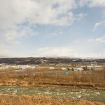 *【周辺】冬の蔵王連峰。四季折々、様々な表情を見せてくれます。