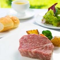 大分のブランド牛豊後牛ロースステーキ