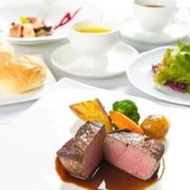 【洋食】豊後牛のヒレ肉のステーキ